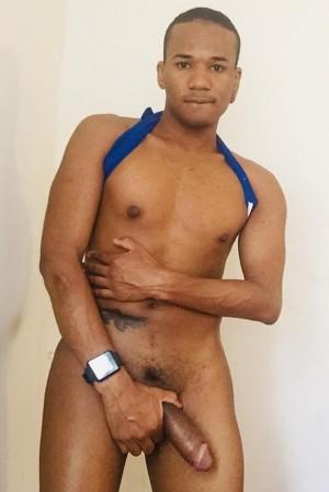 morenaso brasileño morboso lechero rica verga y buen culo escort gay varonil santiago chile