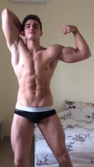 Tommy - Scort a1 tommy macho sexy guapo real solo para ti , exquisito. - Dotacion 21 cm , culon lampi�o full time 24 horas. - Anuncio N.235549